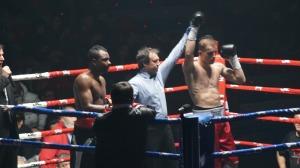 Artem Sukhanov se impuso por puntos a Jair Ramírez.